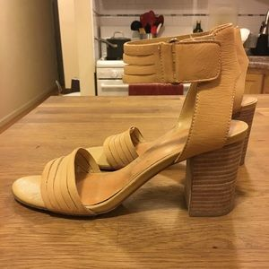 Stacked block leather heel Steve Madden Guess INC